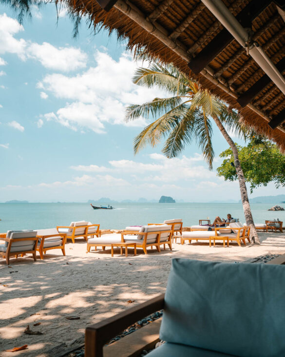 Ritz Carlton Reserve Phulay Bay beach bar