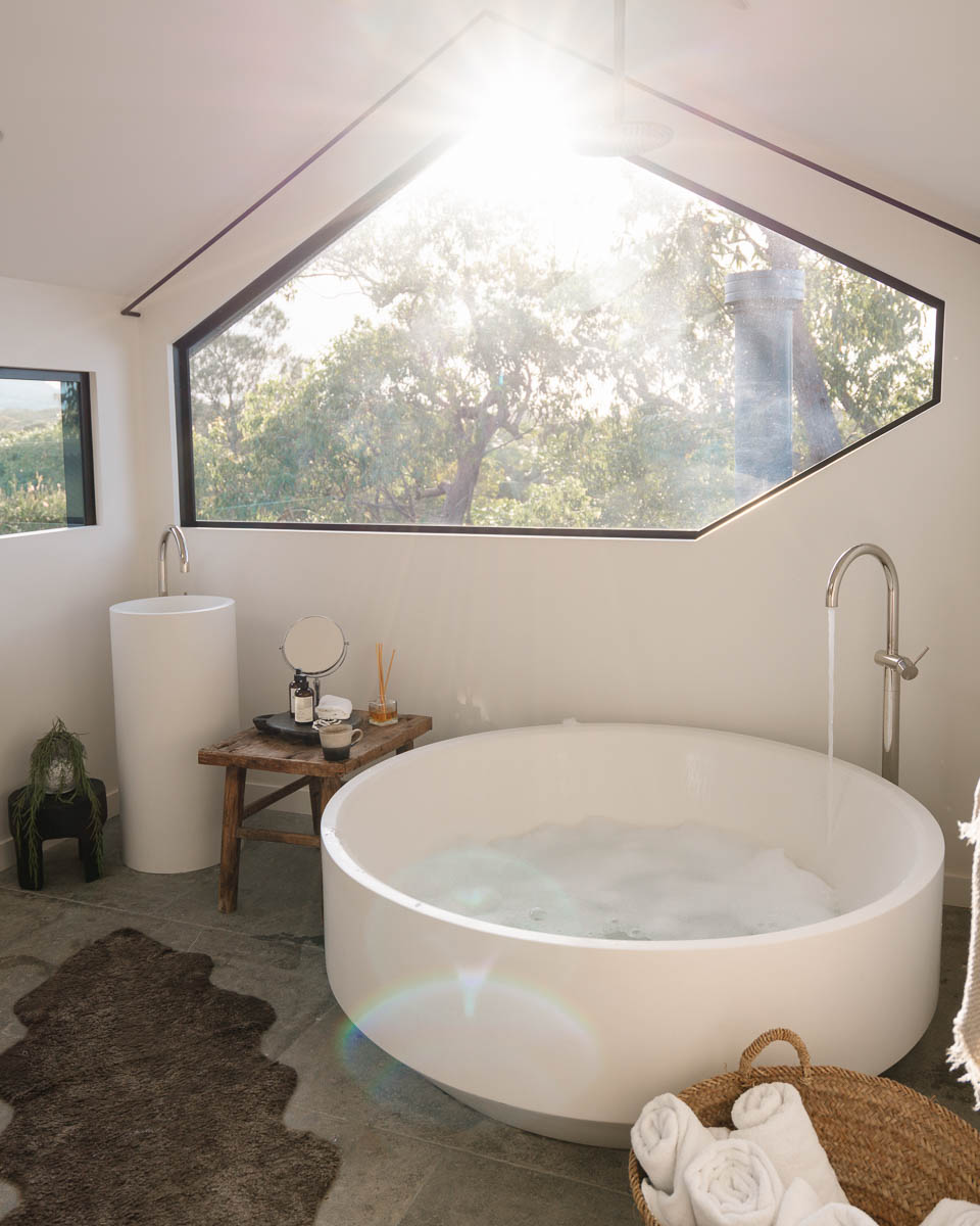 The Cabin Bathtub Byron Bay