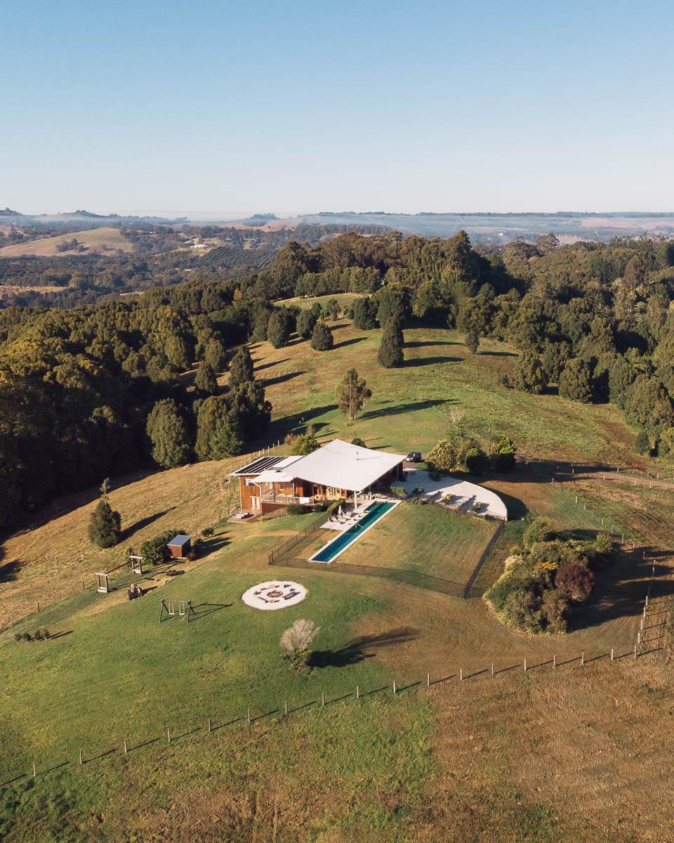 Byron Hinterland accommodation - Temple Farmhouse